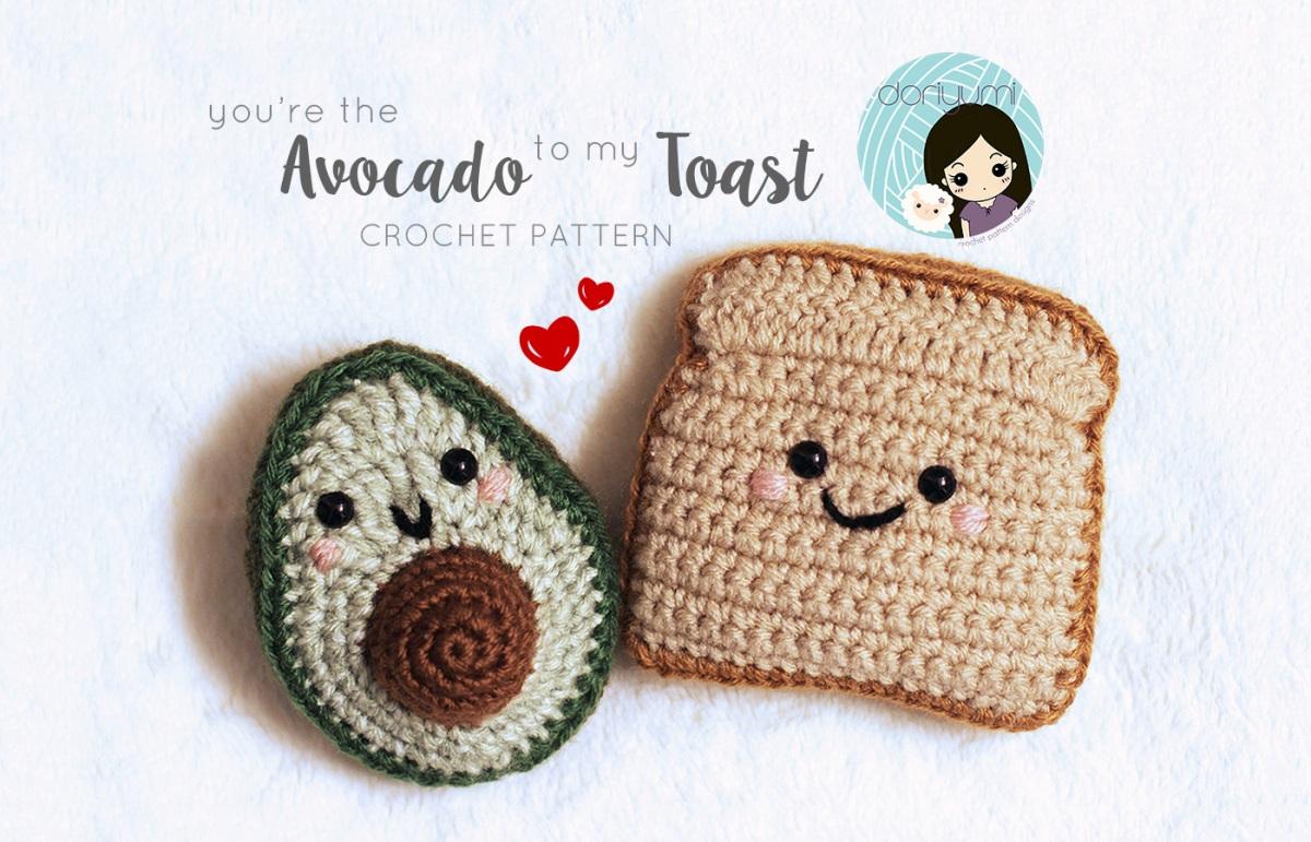 Adorable Avocado Keychain FREE Crochet Pattern | 771x1200